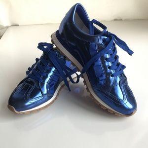 NWB Tory Sport Ruffle Sneaker - Metallic Blue